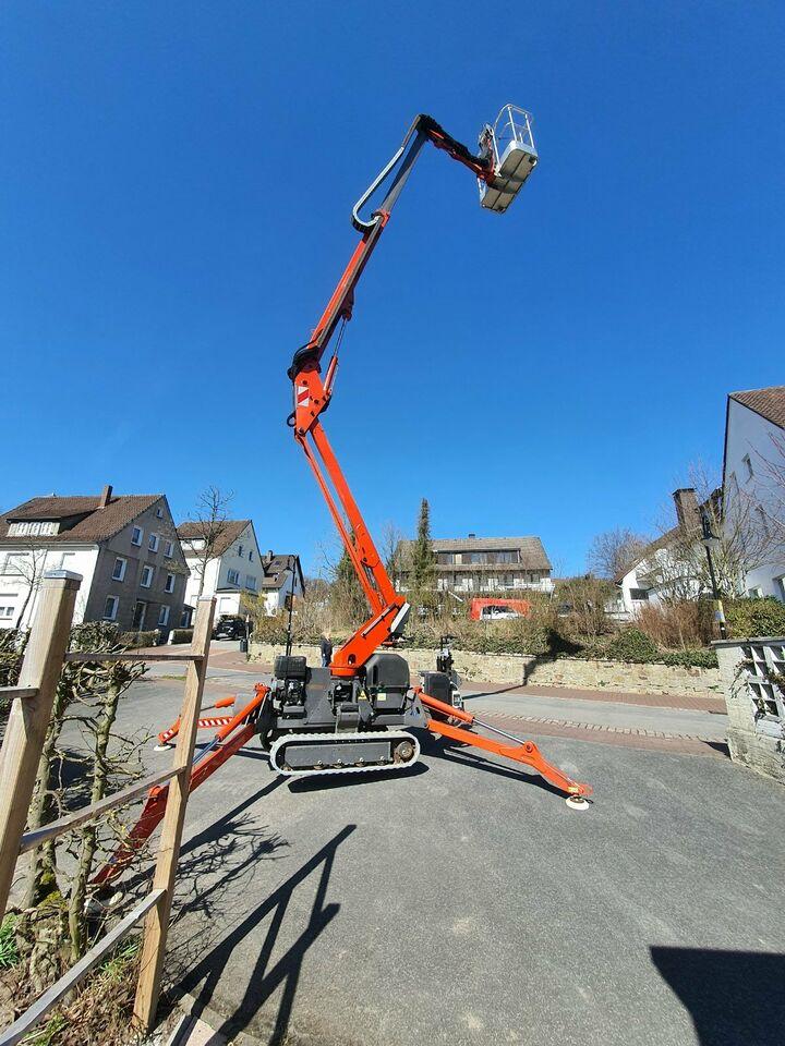 Raupenarbeitsbühne / Hubsteiger - Arbeitshöhe bis 15 Meter